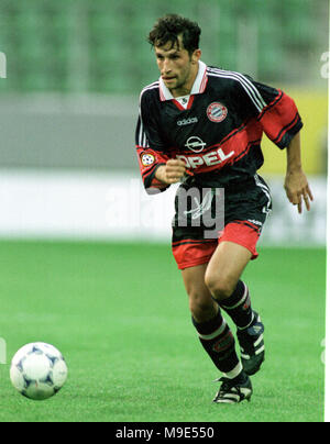 BayArena Leverkusen, Germany, 8.8.1998, German Liga-Cup Final, FC Bayern Munich vs VfB Stuttgart --- Hasan SALIHAMIDZIC  (Munich) - Stock Photo