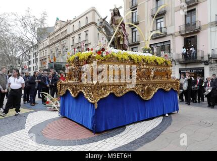 Barcelona, Spain. 25th Mar, 2018. A view of the image of La Borriquita (lit.: small she-donkey) during the procession of La Borriquita on Palm Sunday, in Barcelona, northeastern Spain, 25 March 2018. Credit: Andreu Dalmau/EFE/Alamy Live News - Stock Photo