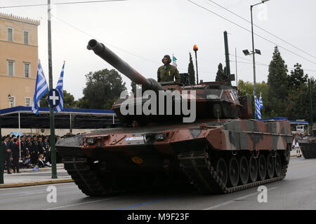 Athens, Greece. 25th Mar, 2018. A Greek army tank drives past the Greek Parliament during a military parade marking the Greek Independence Day in Athens, Greece, on March 25, 2018. Greece celebrated on Sunday the 197th anniversary of the start of war of independence from the 400-year rule of the Ottoman Empire on March 25, 1821 with a customary military parade in the center of Athens. Credit: Marios Lolos/Xinhua/Alamy Live News - Stock Photo