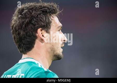 Duesseldorf, Deutschland. 23rd Mar, 2018. Mats HUMMELS (GER) Fussball Laenderspiel, Freundschaftsspiel, Germany (GER) - Spanien (ESP) 1:1, am 23.03.2018 in Duesseldorf/ Germany. |usage worldwide Credit: dpa/Alamy Live News - Stock Photo