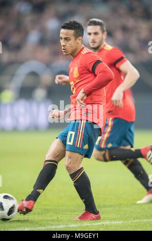 Duesseldorf, Deutschland. 23rd Mar, 2018. THIAGO (ESP) Aktion, Fussball Laenderspiel, Freundschaftsspiel, Germany (GER) - Spanien (ESP) 1:1, am 23.03.2018 in Duesseldorf/ Germany. |usage worldwide Credit: dpa/Alamy Live News - Stock Photo