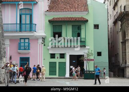 Colourful buildings in Havana, Cuba - Stock Photo