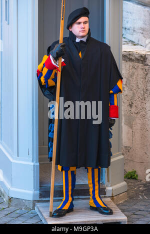 Members of the Pontifical Swiss Guard in Vatican City guarding St Peters Basilica Rome Roma Lazio Italy. - Stock Photo