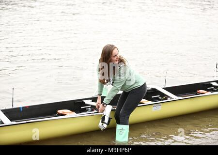 The cancer reasearch Boat race 2018 - Stock Photo