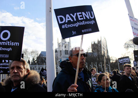 London, UK. 26th March, 2018. Jewish Protesters in Parliament Square protesting Jeremy Corbyn and the Labour Party's Anti-Semitism Credit: Alex Cavendish/Alamy Live News - Stock Photo