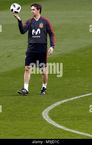 Spanish national soccer team cocah Julen Lopetegui participate in a training session at the Wanda Metropolitano stadium in Madrid, Spain, 26 March 2018. Spain will face Argentina tomorrow. EFE/Mariscal - Stock Photo