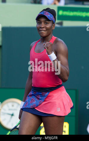 Miami, USA. 26th Mar, 2018. US. Venus Williams celebrates after defeating British Johanna Kota, during a fourth round match at the Miami Open tennis tournament on Key Biscayne, Miami, Florida, USA, 26 March 2018. Credit: Giorgio Viera/EFE/Alamy Live News - Stock Photo