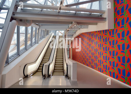 Escalators & Aids Wallpaper in Corridor of the Louis Vuitton Foundation Art Museum & Cultural Centre (2006-14) designed by Frank Gehry, Paris, France - Stock Photo