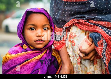 JAIPUR, INDIA - NOVEMBER 9, 2017: Unidentified small Indian girl - Stock Photo
