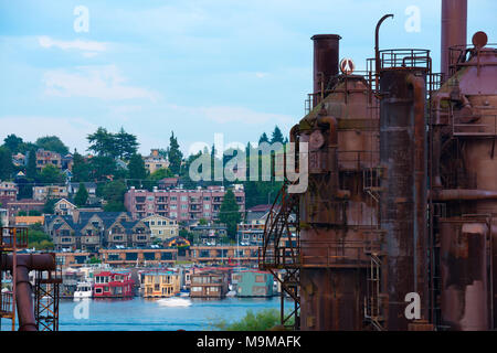 Gas Works Park and traditional Floating houses on Lake Union, Seattle, Washington State, USA - Stock Photo