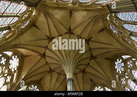 The intricate and stunning Chapter House in Salisbury Cathedral, Wiltshire, England - Stock Photo