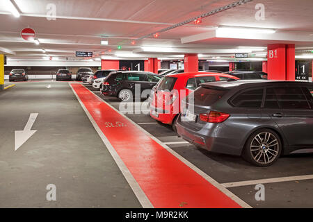 Parking cars in underground car park, multi-storey car park, Centro, Oberhausen, Ruhr Area, North Rhine-Westphalia, Germany
