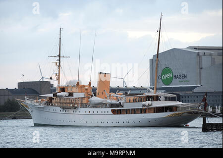 Kongeskibet Dannebrog (Her Danish Majesty's Yacht Dannebrog) built in 1932 in Copenhagen, Denmark, August 21st 2010 © Wojciech Strozyk / Alamy Stock P - Stock Photo