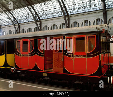Railway of the short line from Barcelona to Mataro, 1848. Wagon, first class. Replica for the Exhibition '150 years of railroad in Spain' (1998-1999), held in France Station, Barcelona, Catalonia, Spain. - Stock Photo
