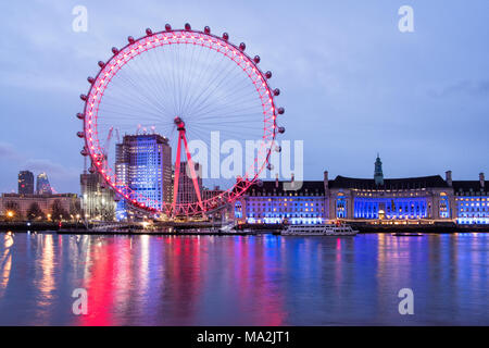 Sunrise at River Thames, looking towards London Eye and County Hall, London, England - Stock Photo