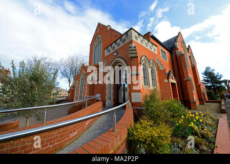 Avenue Baptist Church, Milton Road, Westcliff on Sea, Essex. Opened in 1901 it was badly damaged in wartime bombing but was rebuilt - Stock Photo