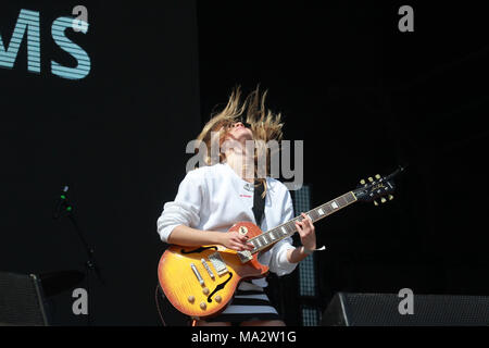 Jerry Williams performing at Truck Festival - Stock Photo