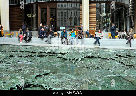 'Forgotten Streams' sculpture by artist Cristina Iglesias at the Bloomberg European Headquarters building in the City of London UK   KATHY DEWITT - Stock Photo
