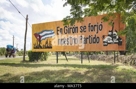 The slogan 'In Giron our party was forged' reminds on the road to Playa Giron of the failed Bay of Pigs invasion by Cuban exiles in April 1961. (22 November 2017) | usage worldwide - Stock Photo