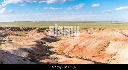 White Stupa sedimentary rock formations. Ulziit, Middle Gobi province, Mongolia. - Stock Photo
