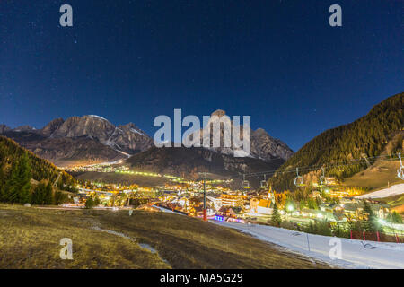 Italy, Trentino Alto Adige, Sudtyrol, province of Bolzano, Corvara village in Badia valley by night - Stock Photo