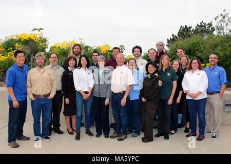 Secretary Jewell with US Fish and Wildlife staff in Ventura,. Staff from Ventura Fish and Wildlife Office and Hopper Mountain National Wildlife Refuge Complex with Secretary of Interior Sally Jewell on March 18, 2016 at Channel Islands National Park headquarters in Ventura, California. - Stock Photo