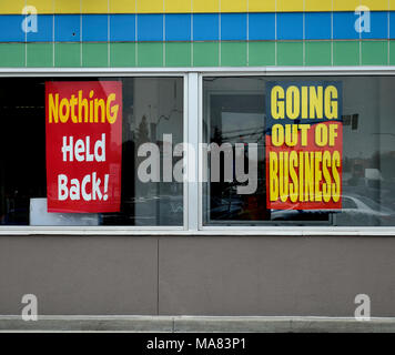 retail store going out of business upper east side new york city stock photo 26550590 alamy. Black Bedroom Furniture Sets. Home Design Ideas