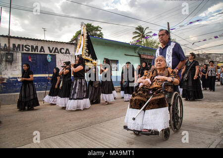 Itsmo De Tehuantepec, Mexico, 30 Mar 2018. Women take part in the Santo Entierro procession during the Good Friday as part of Holy Week in Itsmo de Tehuantepec, state of Oaxaca, Mexico, 30 March 2018. Good Friday is observed as the crucifixion of Jesus, two days before Easter Sunday. EFE/Luis Villalobos - Stock Photo