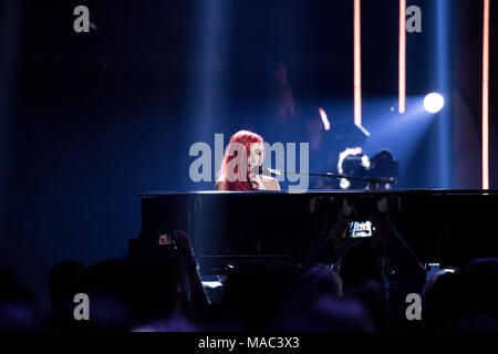 Vancouver, CANADA. 26th March, 2018. Lights performs at the 2018 Juno Awards in Vancouver. Credit: Bobby Singh/fohphoto - Stock Photo