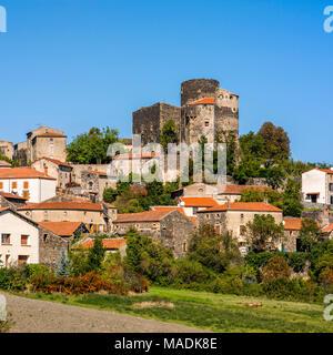 Puy de Dome (63) Lembronnais. Village de Chalus // France. Puy de Dome (63) Chalus village - Stock Photo