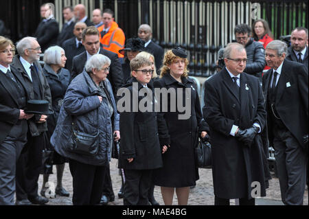 Cambridge, Britain. 31st Mar, 2018. Family members and friends attend the private funeral of British physicist Stephen Hawking at the Great St Mary's Church in Cambridge, Britain, on March 31, 2018. The funeral of Professor Stephen Hawking was held Saturday at a church near the Cambridge University college where he was a fellow for more than half a century. Credit: Stephen Chung/Xinhua/Alamy Live News - Stock Photo