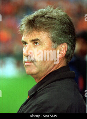 GUUS HIDDINK DUTCH FOOTBALL MANAGER 12 March 1998 Stock ...