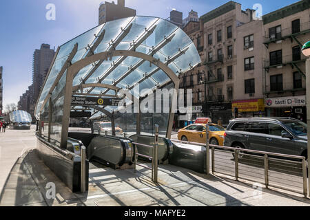 New York, March 15, 2018: Entrance to 96th Street station of Second Avenue subway. - Stock Photo