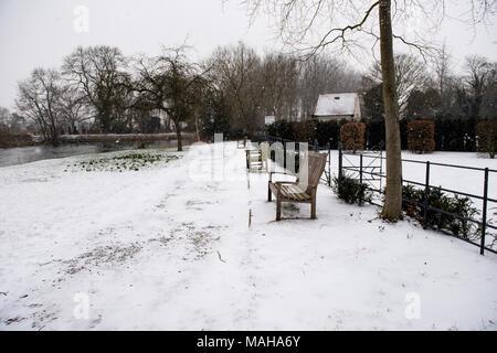 Snow in Sonning, Berkshire - Stock Photo