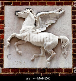 Pegasus by J.Daymond & Sons  The Honourable Society of Inner Temple is one of the four Inns of Court around the Royal Courts of Justice in London whic - Stock Photo