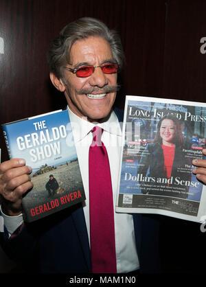 Del Frisco's Restaurant, New York City. 2nd Apr, 2018. Geraldo Rivera attends The Geraldo Show book Signing, A Memoir By Geraldo Rivera - Stock Photo