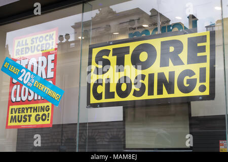 London,UK. 3rd April 2018. Maplin store has a closing down sale  in The Strand, London, job losses continue as hopes of finding a buyer for the company fade.©Keith Larby/Alamy Live News - Stock Photo