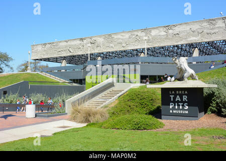 LOS ANGELES - MARCH 28, 2018: George C Page Museum at the La Brea Tar Pits. Situated within what was once the Mexican land grant of Rancho La Brea and - Stock Photo