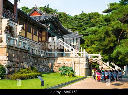 Tourist group at Bulguksa Temple, Gyeongju, Kyongju, South Korea, Asia - Stock Photo