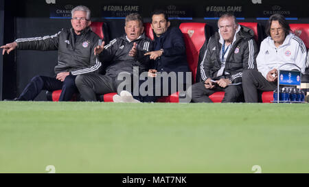03 April 2018, Spain, Sevilla, Champions League, FC Sevilla vs FC Bayern Munich, K.O. Round, Quarterfinal, First leg at Ramon Sanchez Pizjuan Stadium: Bayern's manager Jupp Heynckes (L-R), assitant coach Peter Hermann, director of sport Hasan Salihamidzic, assistant coach Hermann Gerland and team doctor Hans Wilhelm Mueller-Wohlfahrt following the game from the bench. Photo: Sven Hoppe/dpa - Stock Photo
