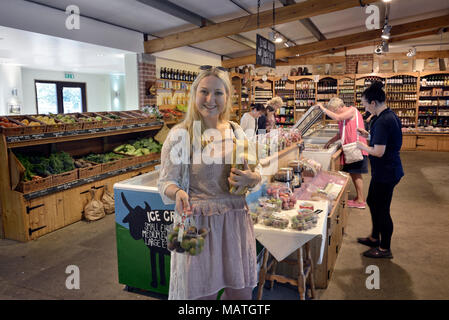 Sharnfold Farm Shop, Stone Cross, Eastbourne, East Sussex, England, UK - Stock Photo