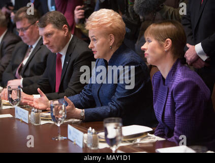 Washington, USA. 03rd Apr, 2018. Dalia Grybauskaite, President of Lithuania (2nd R) participates in a meeting with Kersti Kaljulaid (R), President of Estonia and President Raimonds Vejonis of Latvia at The White House in Washington, DC, April 3, 2018. - NO WIRE SERVICE - Credit: Chris Kleponis/Consolidated/dpa/Alamy Live News - Stock Photo