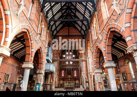 England, London, Wapping, St Peter's London Docks Catholic Church - Stock Photo