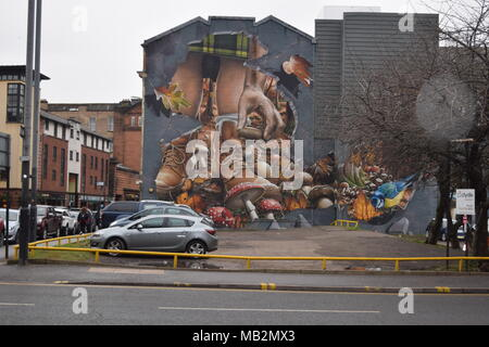Dalton fountain Glasgow' historic train shed uncovered in queen st Glasgow during demolition work'statue of liberty Glasgow'wall art Glasgow' - Stock Photo