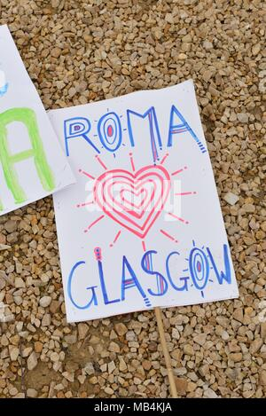 Govanhill, Glasgow, Scotland, UK. 7th April, 2018.  The 5th annual International Roma day was celebrated in Govanhill today with a parade, traditional dress, food and music. - Stock Photo