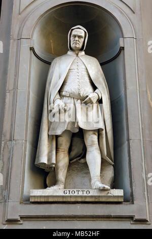 Statue, Giotto, Uffizien, Piazza della Signoria, Florence, Italy - Stock Photo