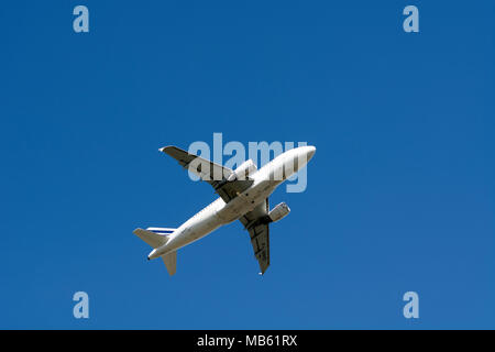 Air France Airbus A319-111 having taken off at Birmingham Airport, UK (F-GRHO) - Stock Photo