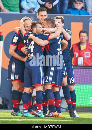 Augsburg, Germany. 7th April, 2018. FC Bayern Munich Soccer, Munich, April 07, 2018 Arjen ROBBEN, FCB 10    celebrates his goal  1-3 with Niklas SUELE, FCB 4  Sebastian RUDY, FCB 19 Juan BERNAT, FCB 14 Joshua KIMMICH, FCB 32  FC AUGSBURG - FC BAYERN MUNICH 1-4 1.German Soccer League , Augsburg, April 07, 2018,  Season 2017/2018 © Peter Schatz / Alamy Live News - Stock Photo