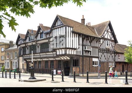 14th century tudor house garden museum bugle street southampton hampshire england