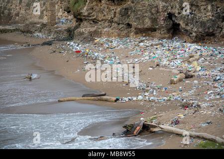 Pollution along the coastline, Santo Domingo, Domnican Republic - Stock Photo